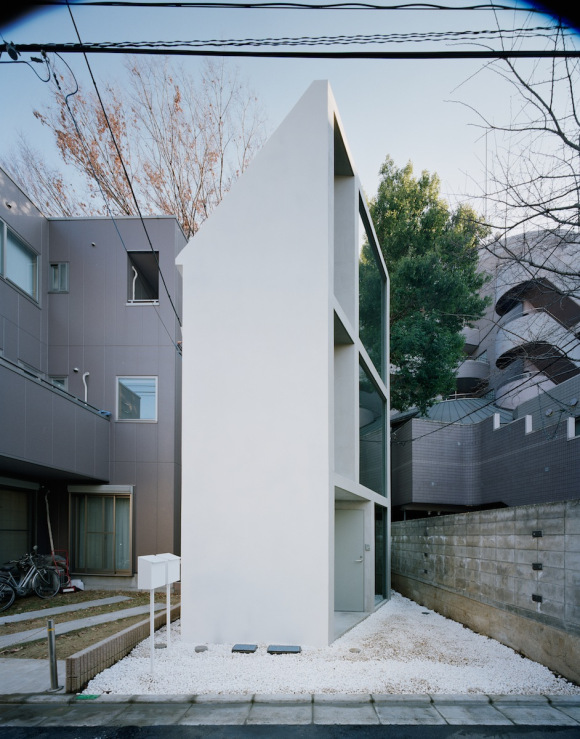 split-merchans-house