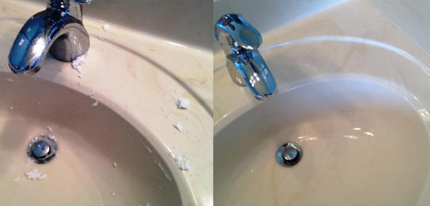 3 Dicas de limpeza naturais e realmente brilhantes para o seu banheiro -> Pia Banheiro Limpar