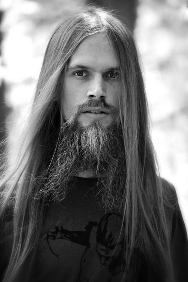 homens-cabelo-longo-16