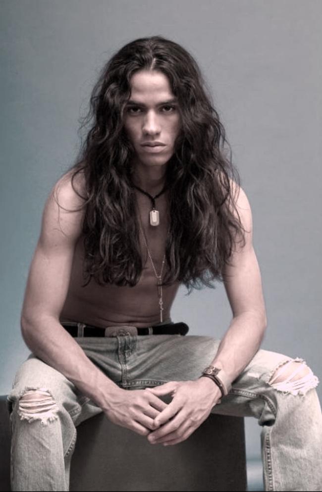 homens-cabelo-longo-19