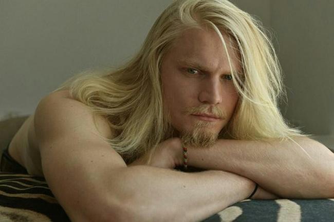 homens-cabelo-longo-20