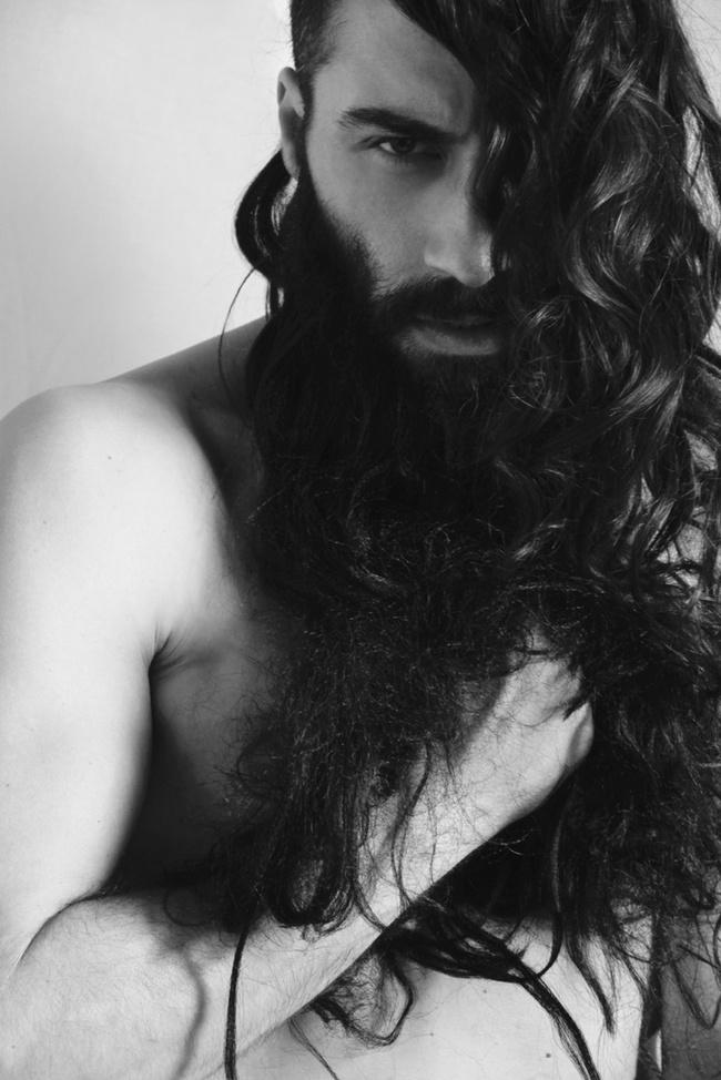 homens-cabelo-longo-24