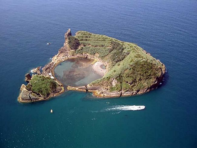 ilhas-com-formatos-diferentes-11