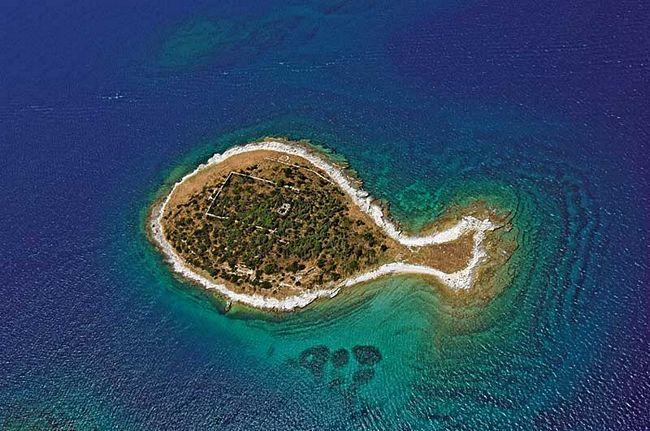 ilhas-com-formatos-diferentes-9
