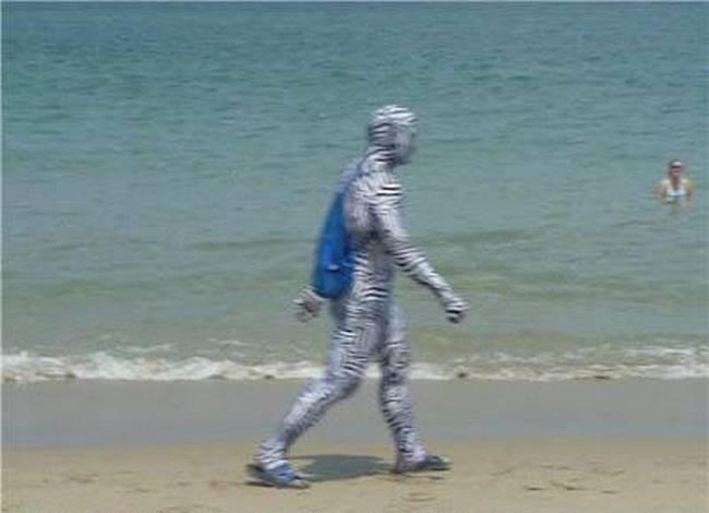 cenas-inusitadas-capturadas-na-praia-12