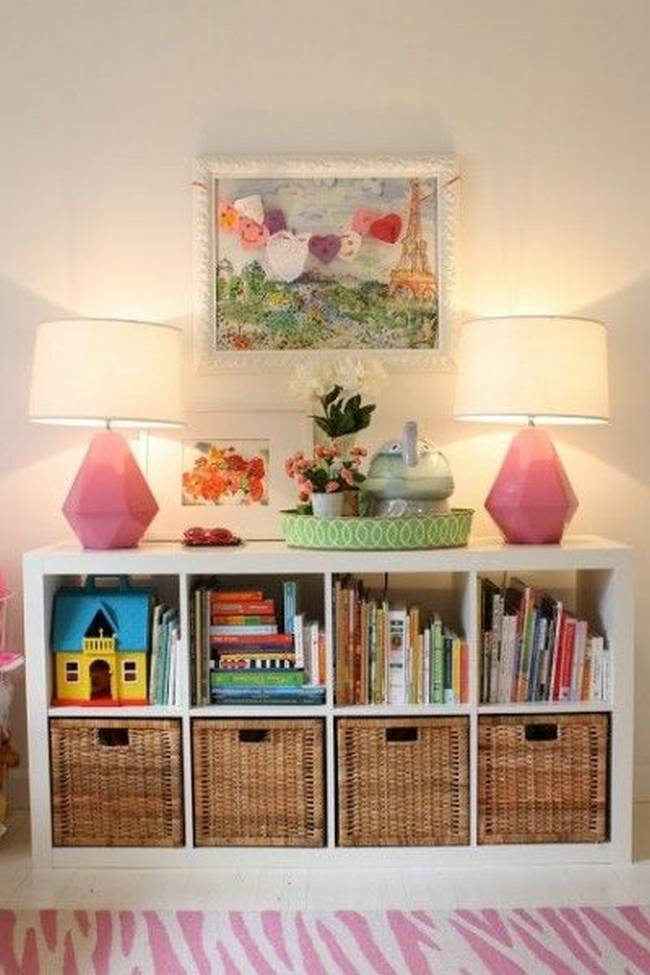 21 ideias para guardar as coisas no quarto das crian as for White bookcase for kids room