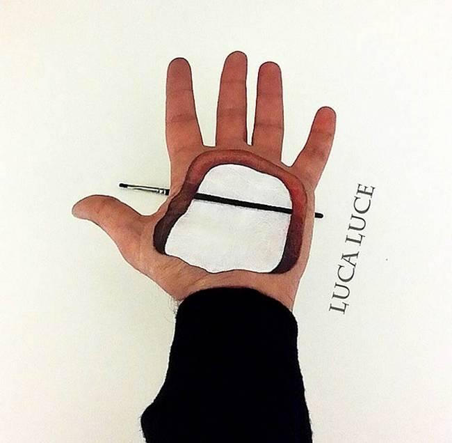 maquiador-faz-pinturas-nas-mãos-13