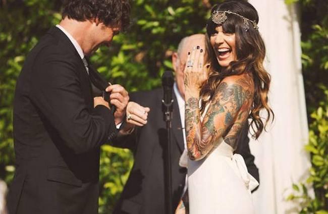 noivas-que-mostraram-suas -tatuagens-no-altar-12