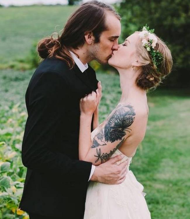 noivas-que-mostraram-suas -tatuagens-no-altar-16
