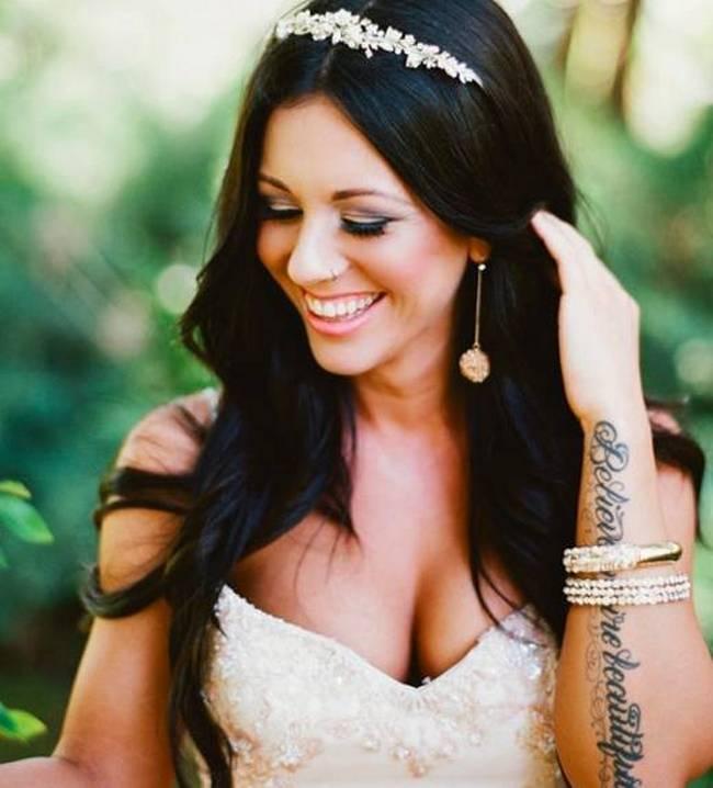 noivas-que-mostraram-suas -tatuagens-no-altar-2