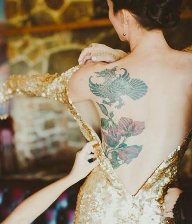noivas-que-mostraram-suas -tatuagens-no-altar-9
