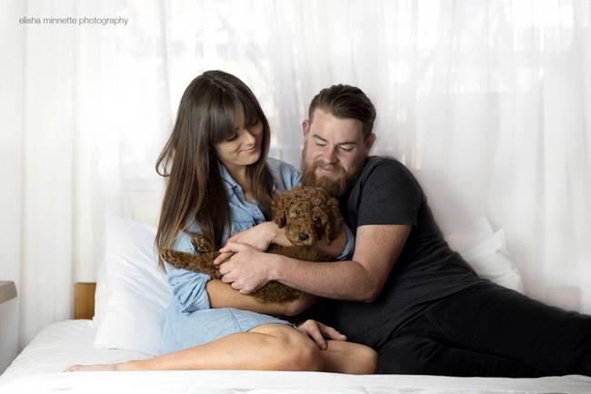 casal-faz-ensaio-fotográfico-com-cachorro-3