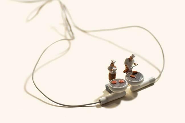 miniaturas-criadas-com-objetos-do-cotidiano-13