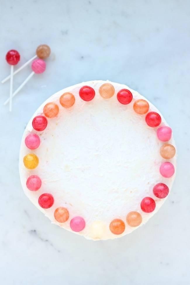 maneiras-criativas-de-decorar-um-bolo-3