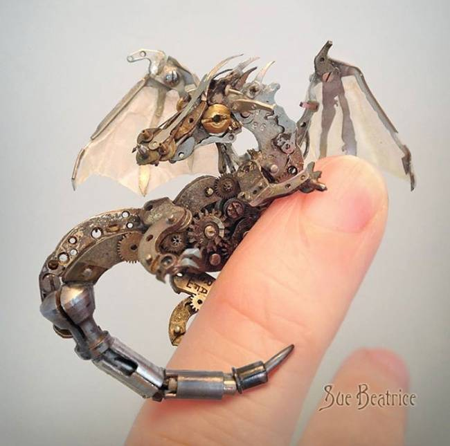 artista-cria-animais-com-mecanismos-de-relógios-velhos-1