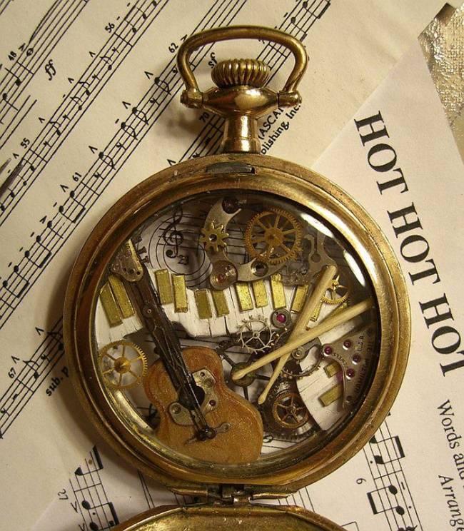 artista-cria-animais-com-mecanismos-de-relógios-velhos-12