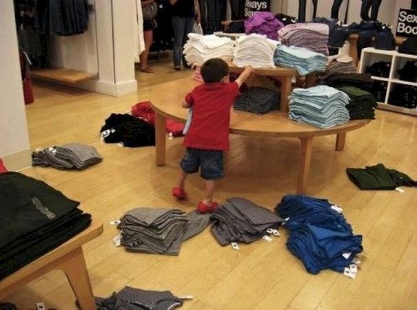 criancas-indo-compras-1