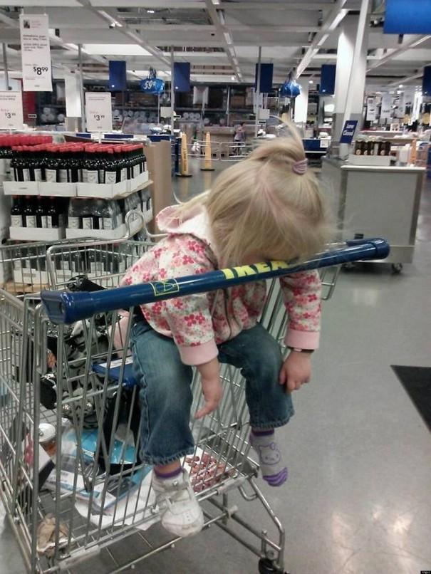 criancas-indo-compras-12