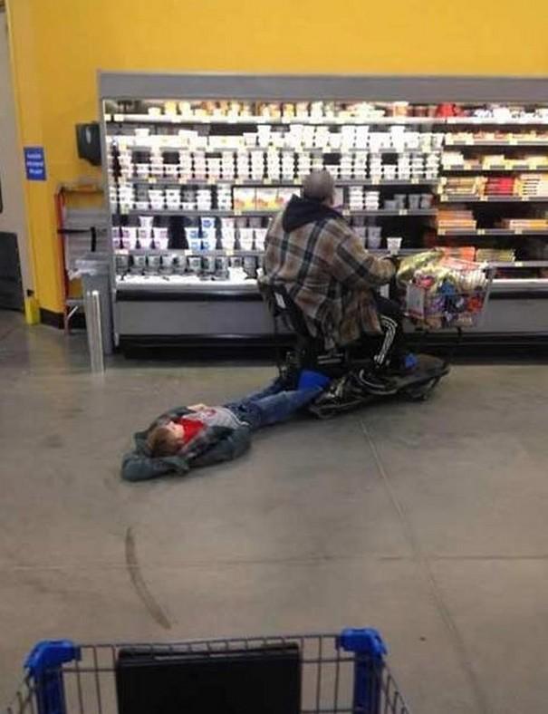criancas-indo-compras-5