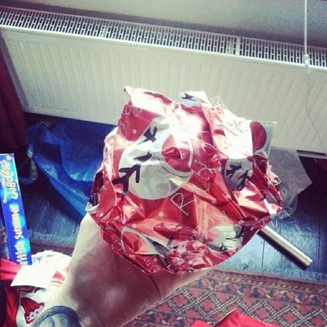 pessoas-que-embrulharam-mal-seus-presentes-de-natal-20