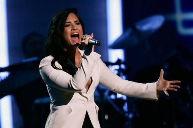 Grammy (5)
