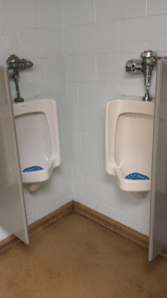 banheiros-inferno-15
