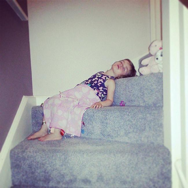 criancas-dormem-qqr-lugar-21