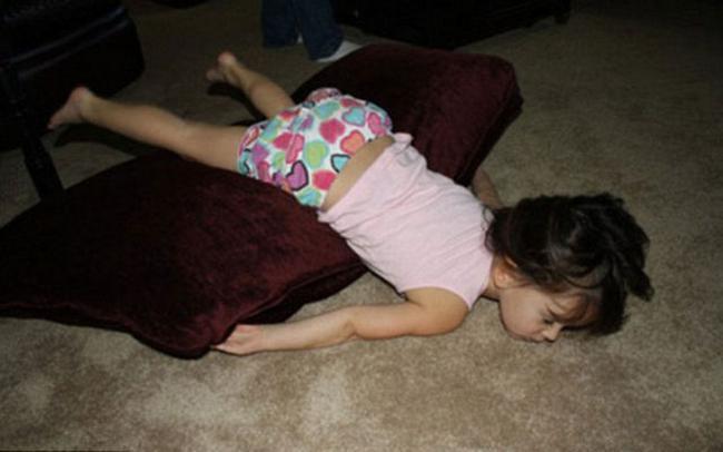 criancas-dormem-qqr-lugar-25