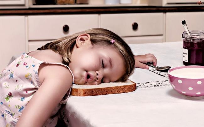 criancas-dormem-qqr-lugar-5