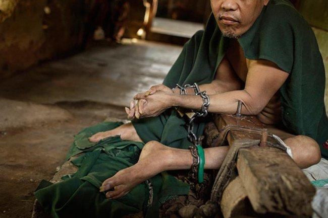 doentes-mentais-em-hospitais-da-indonesia-10