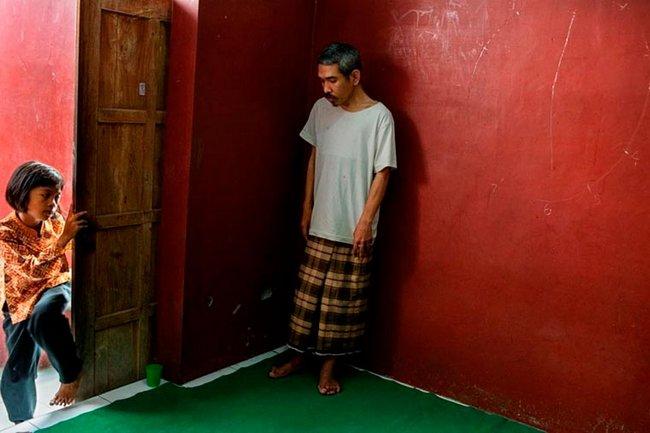 doentes-mentais-em-hospitais-da-indonesia-11