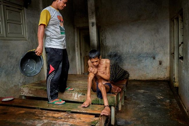 doentes-mentais-em-hospitais-da-indonesia-6
