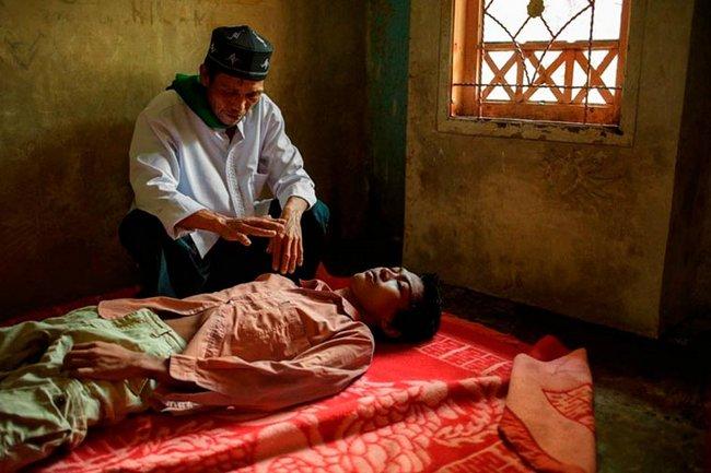 doentes-mentais-em-hospitais-da-indonesia-9