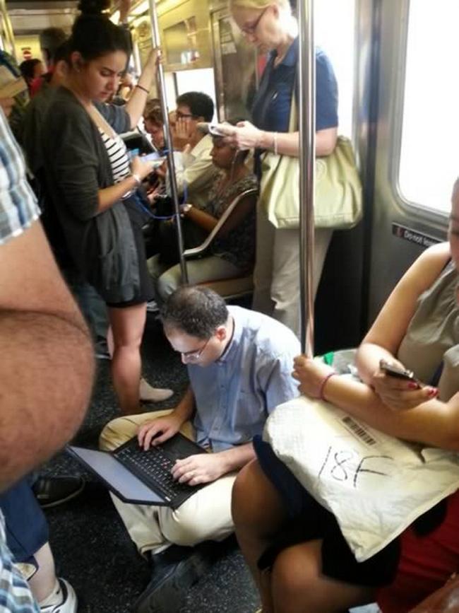 Metro-Bizarro-11