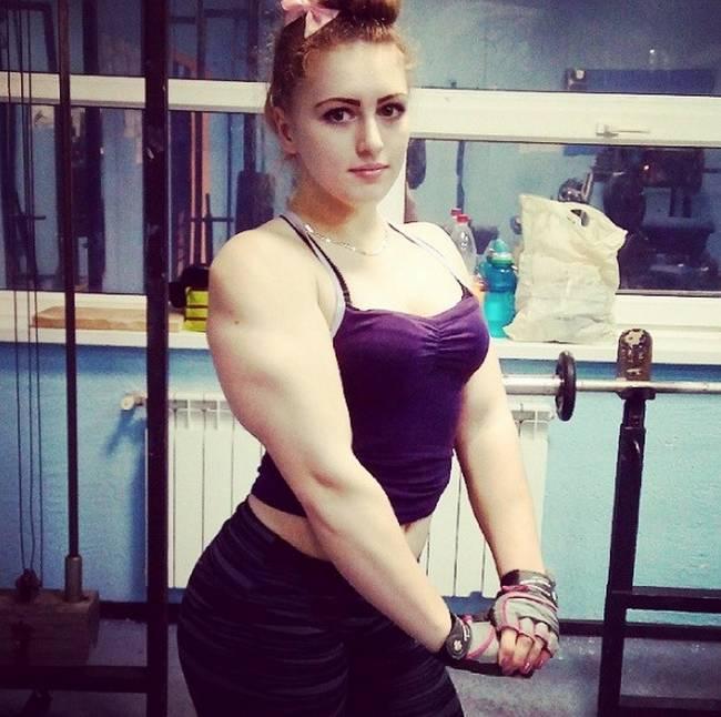 Barbie-Musculosa-16