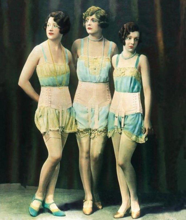 A evolução das roupas íntimas femininas nos últimos 100 anos 5 A evolução das roupas íntimas femininas nos últimos 100 anos