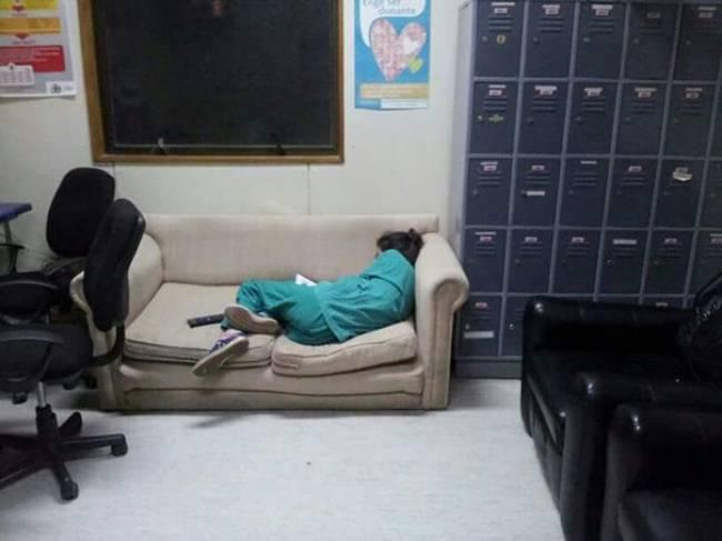 Medico-Dormindo-5