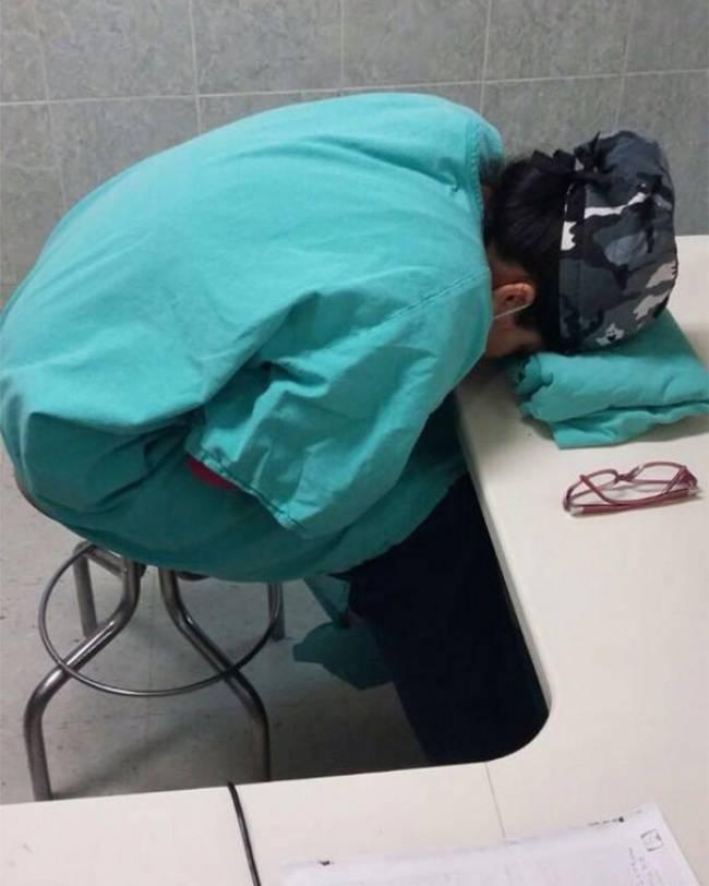Medico-Dormindo-7