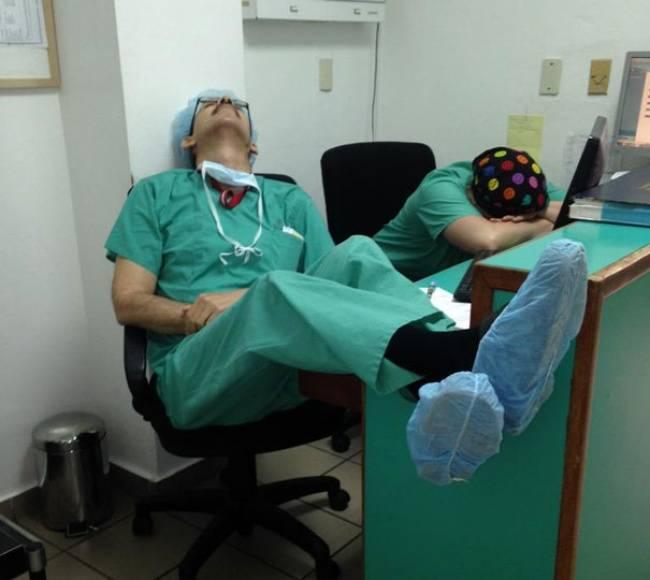 Medico-Dormindo-8